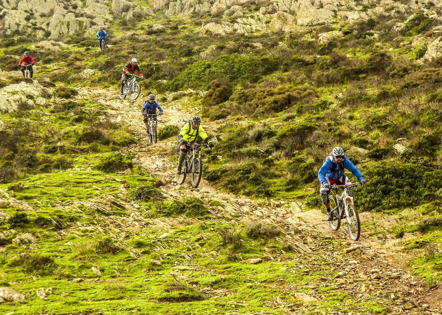 technical-downhill-descents-mountain-biking-italy-sardinia-tour.jpg - Sardinia - Coast to Coast - Italia Mountain Biking