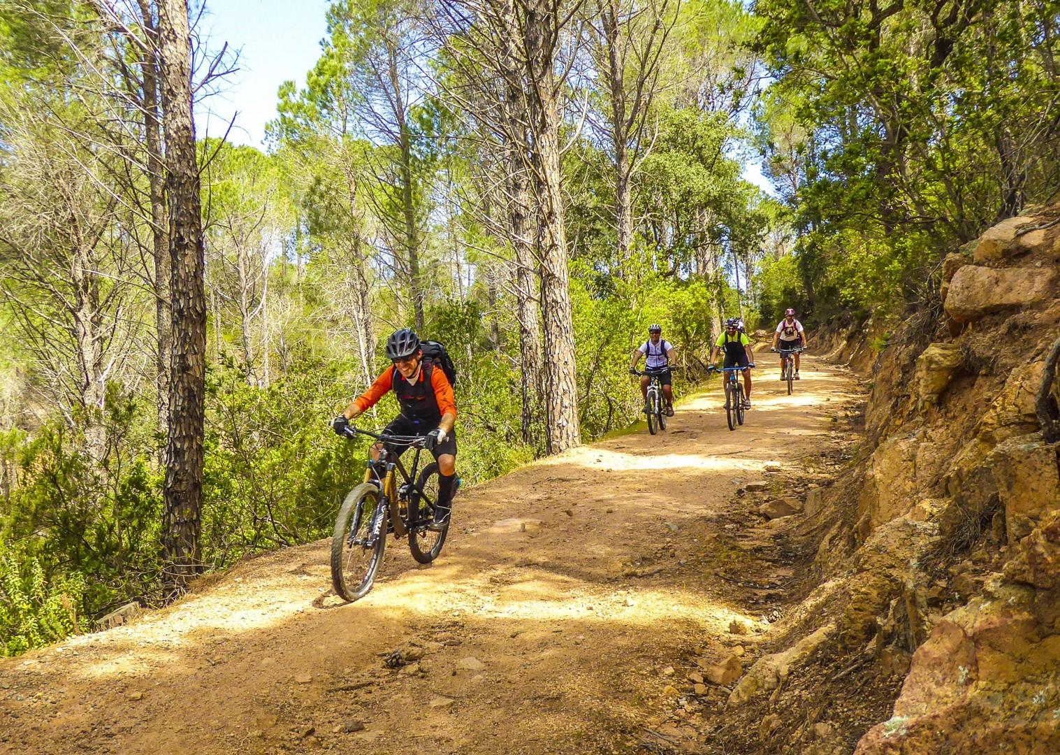 group-fun-mountain-biking-tour-sardinia-italy.jpg - Sardinia - Coast to Coast - Italia Mountain Biking