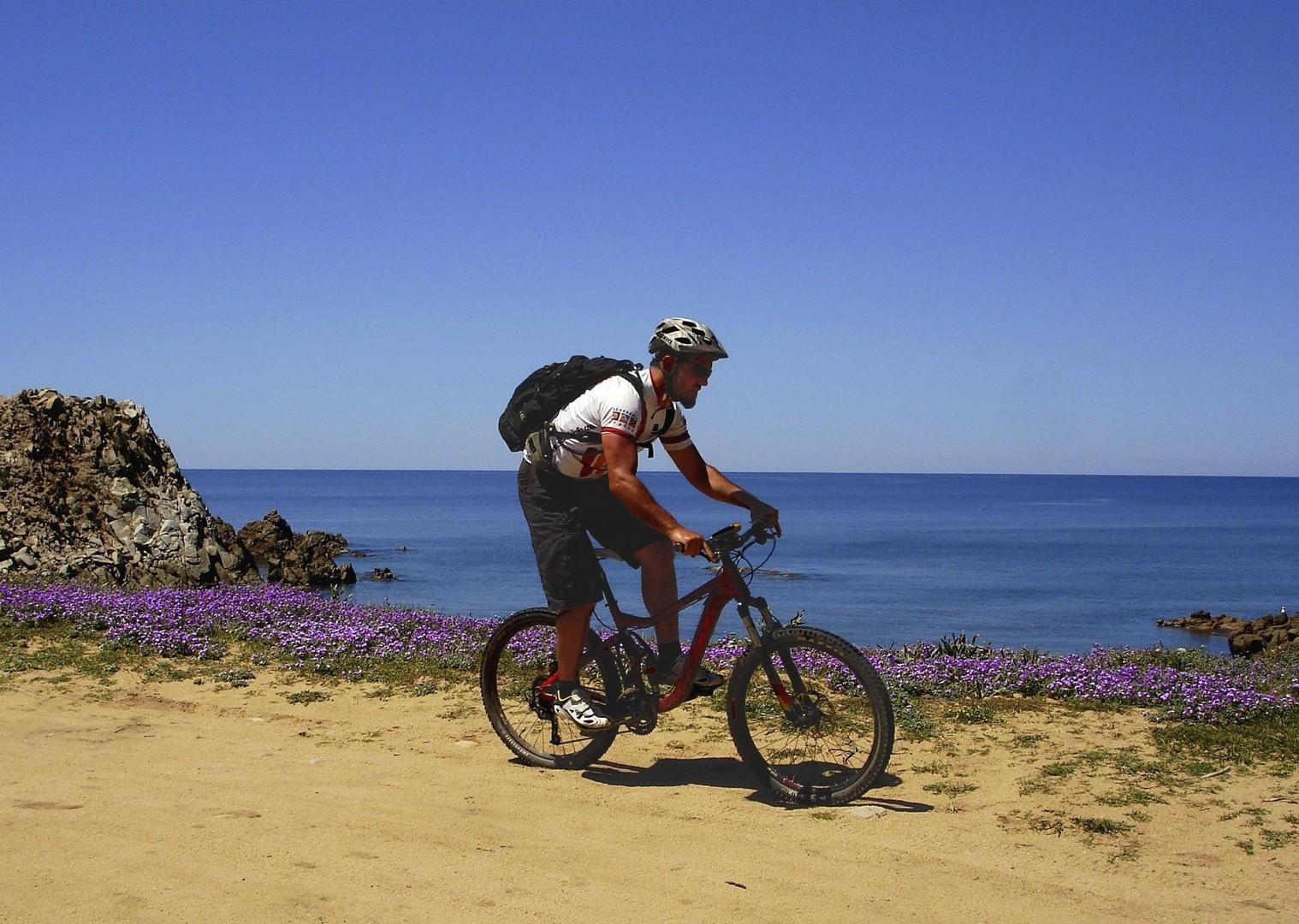 _Staff.74.5720.jpg - Sardinia - La Costa Verde - Guided Mountain Bike Holiday - Italia Mountain Biking