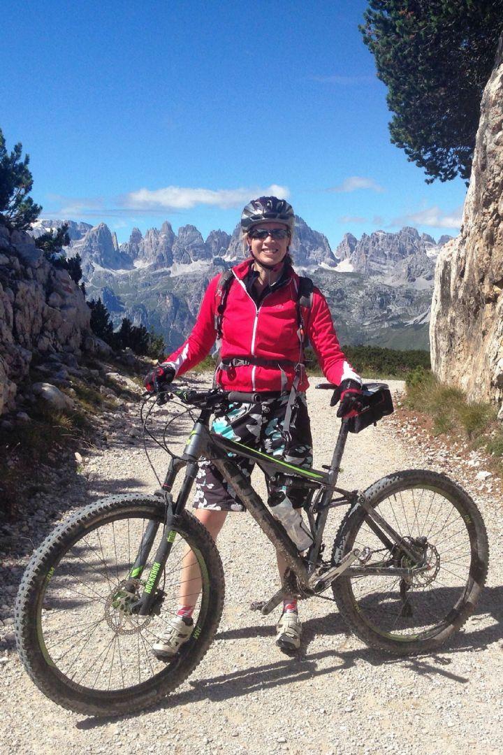 _Customer_85103_18463.jpg - Italy - Dolomites to Garda - Guided Mountain Bike Holiday - Italia Mountain Biking