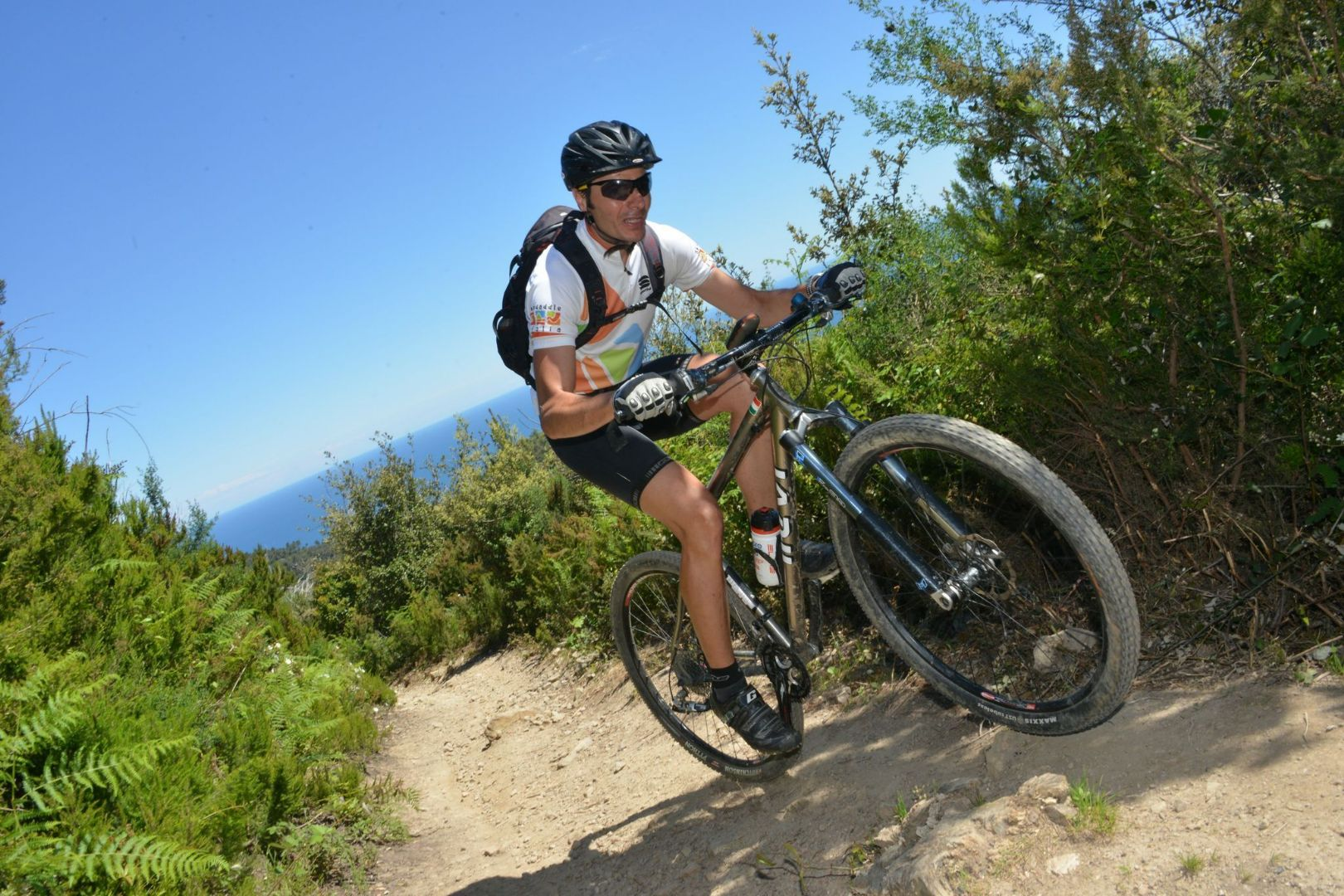 ojUjw5A2rWCuJUeagWYrQrsEcGxYILyceplN3rSBork.jpg - Italy - Liguria - Riding the Riviera - Guided Mountain Bike Holiday - Italia Mountain Biking