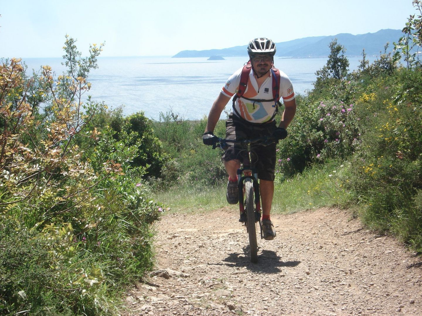 8889228674_95d5b79813_h.jpg - Italy - Liguria - Riding the Riviera - Guided Mountain Bike Holiday - Italia Mountain Biking