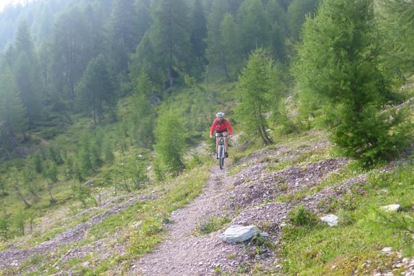 Dolomiti MTB - 1306.jpg - Italy - Dolomites of Brenta - Guided Mountain Bike Holiday - Italia Mountain Biking