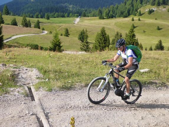 Skedaddle Dolomiti MTB - 0589.jpg - Italy - Dolomites of Brenta - Guided Mountain Bike Holiday - Italia Mountain Biking