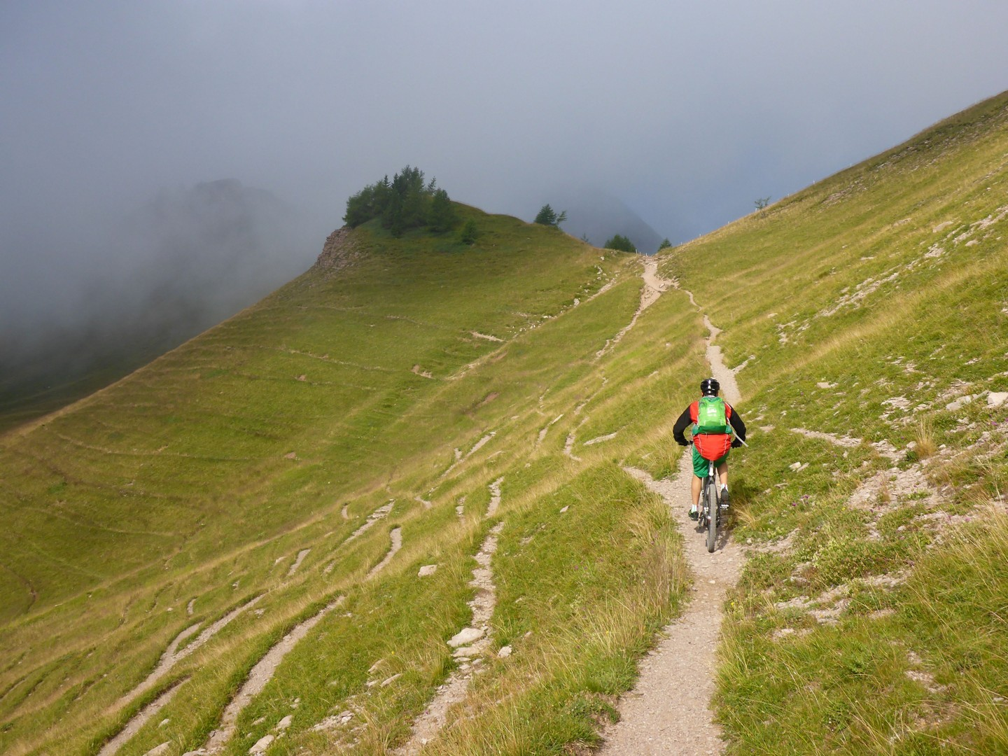 Skedaddle Dolomiti MTB - 1333.jpg - Italy - Dolomites of Brenta - Guided Mountain Bike Holiday - Italia Mountain Biking