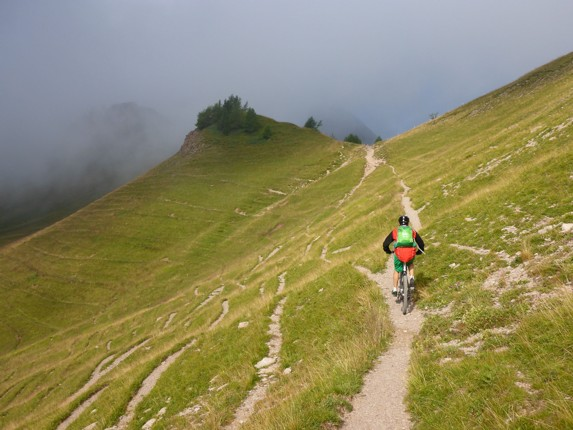 Skedaddle Dolomiti MTB - 1333.jpg - Italy - Dolomites of Brenta - Guided Mountain Bike Holiday - Italia Mountain Biking