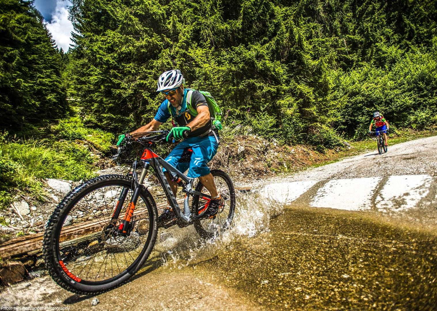 saddle_skedaddle_italy_2017_day6_brenta_dolomites_85-2.jpg - Italy - Dolomites of Brenta - Guided Mountain Bike Holiday - Italia Mountain Biking