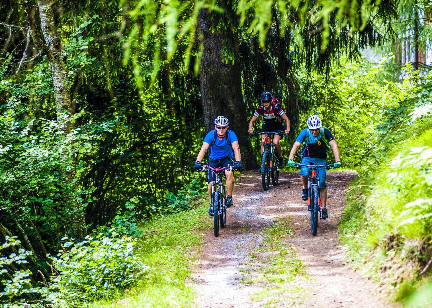 saddle_skedaddle_italy_2017_day6_brenta_dolomites_142-2.jpg - Italy - Dolomites of Brenta - Guided Mountain Bike Holiday - Italia Mountain Biking