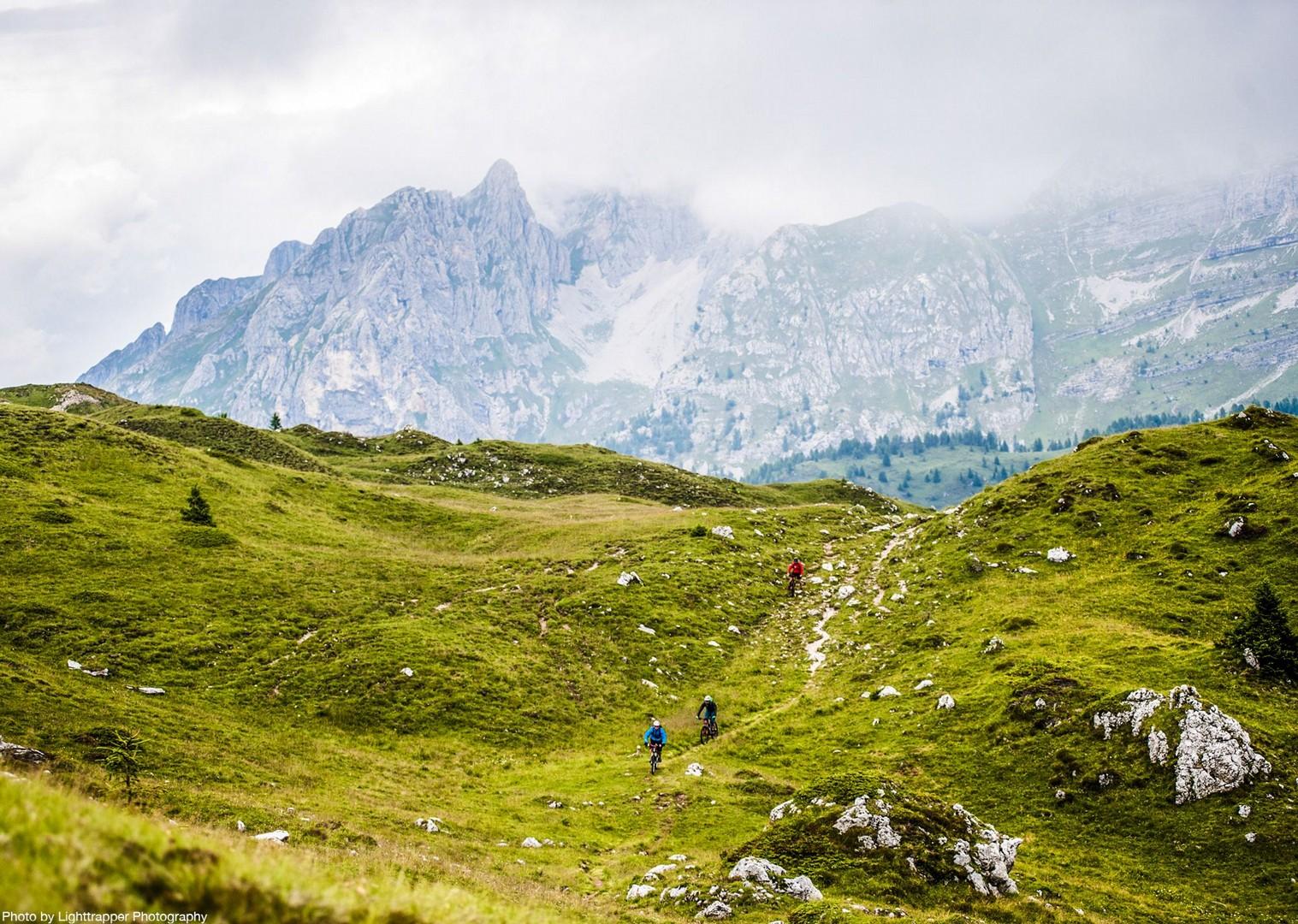 saddle_skedaddle_italy_2017_day6_brenta_dolomites_179-2.jpg - Italy - Dolomites of Brenta - Guided Mountain Bike Holiday - Italia Mountain Biking