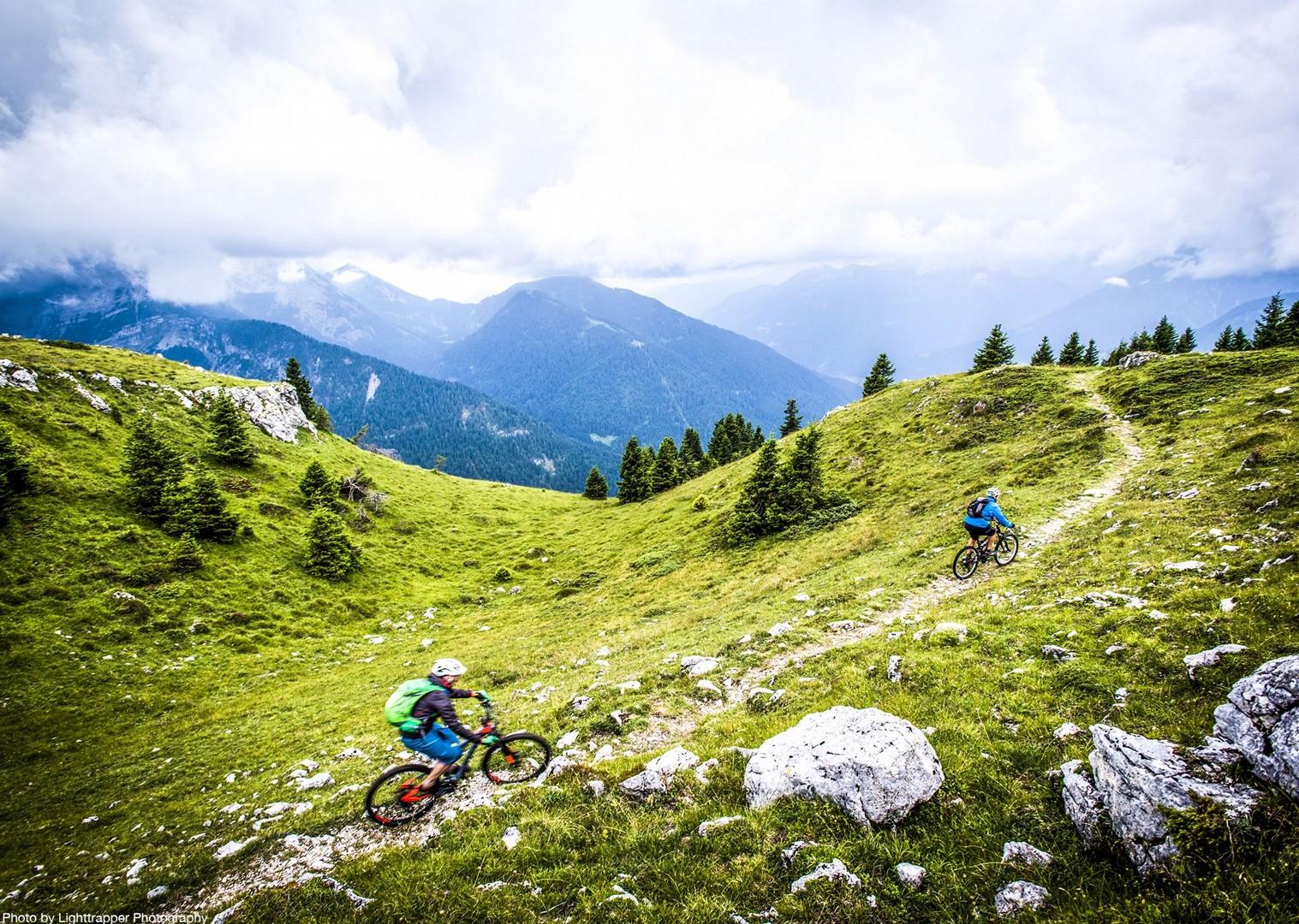 saddle_skedaddle_italy_2017_day6_brenta_dolomites_205-2.jpg - Italy - Dolomites of Brenta - Guided Mountain Bike Holiday - Italia Mountain Biking