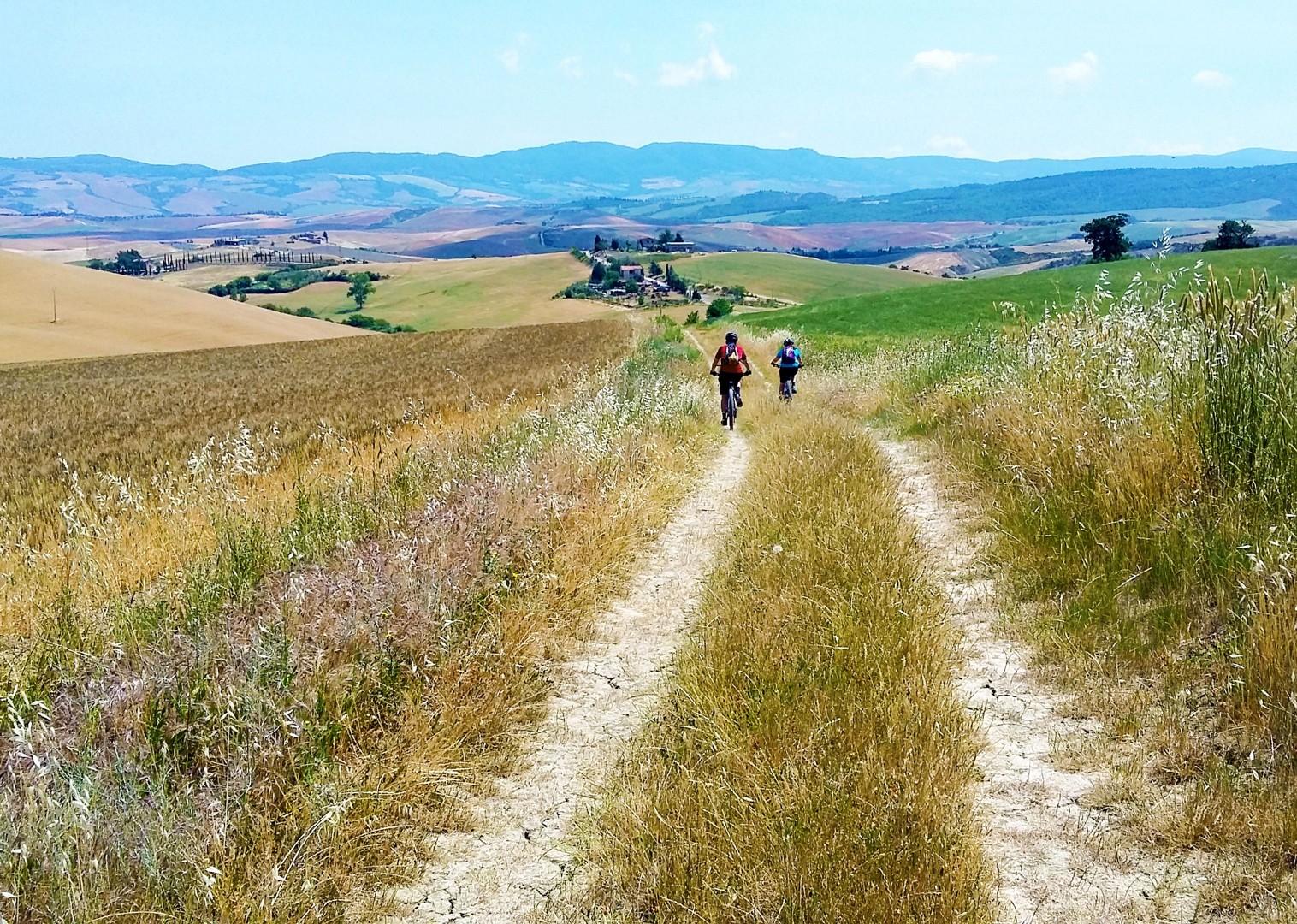 20170605_113843.jpg - Italy - Via Francigena (Tuscany to Rome) - Guided Mountain Biking Holiday - Italia Mountain Biking