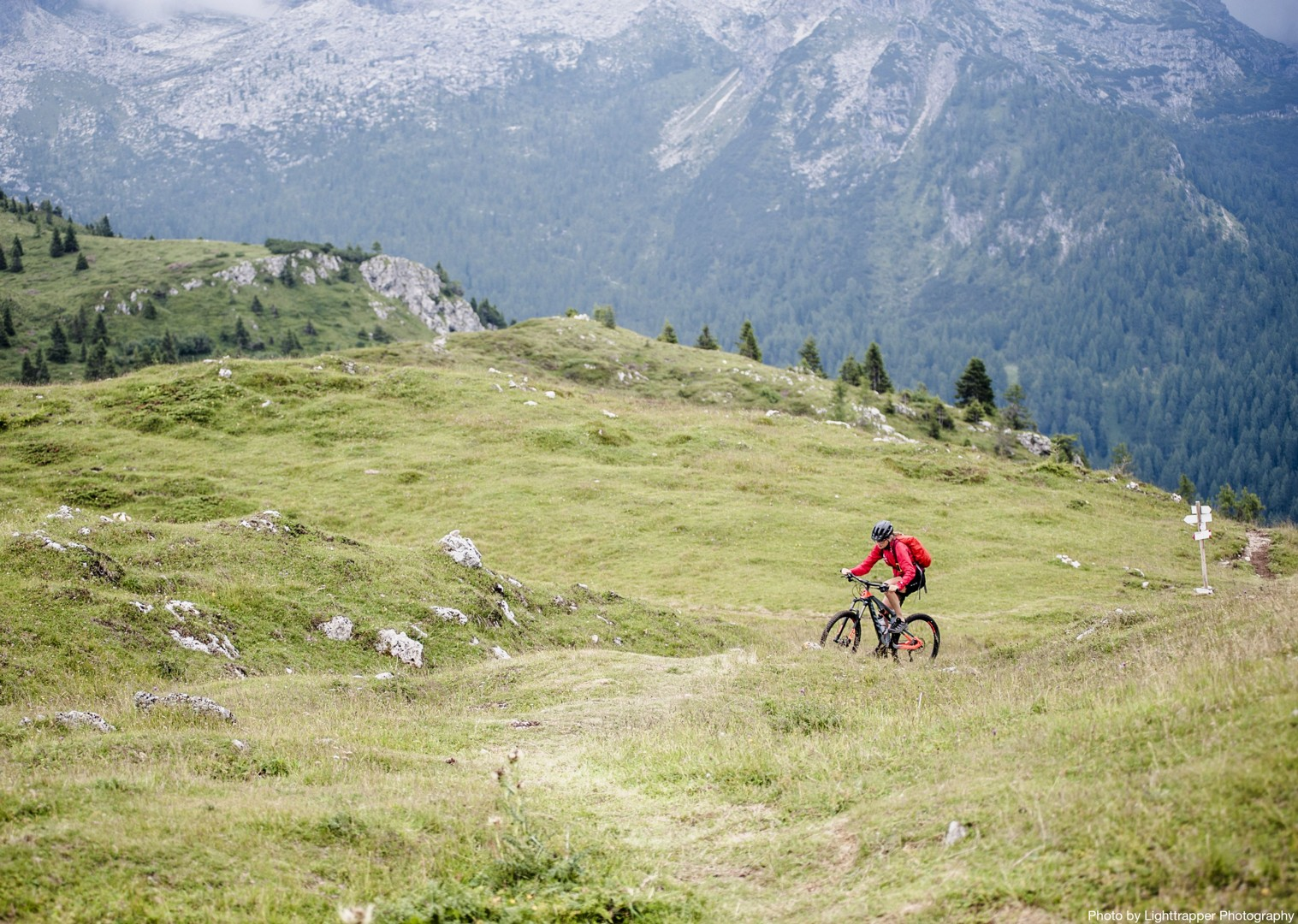 val-di-susa-guided-mountain-bike-holiday-italy-and-france-alpine-adventure.jpg - Italy and France - Alpine Adventure - Guided Mountain Bike Holiday - Italia Mountain Biking