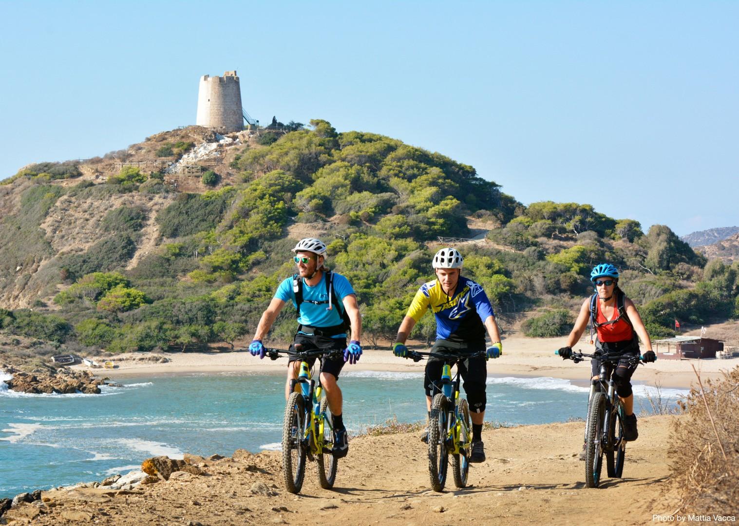 mediterranean-mountain-bike-holiday-enduro-in-italy-sardinia.jpg - Sardinia - Sardinian Enduro - Guided Mountain Bike Holiday - Italia Mountain Biking