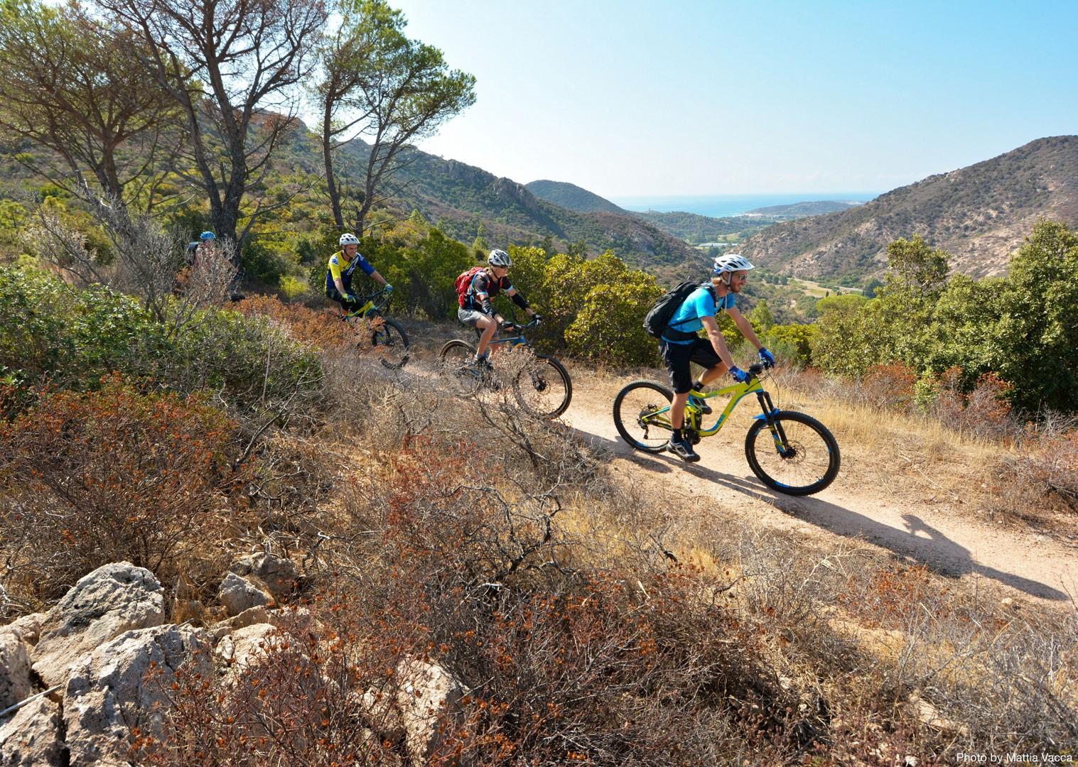 guided-mountain-bike-holiday-italy-sardinia-sardinian-enduro.jpg - Sardinia - Sardinian Enduro - Guided Mountain Bike Holiday - Italia Mountain Biking