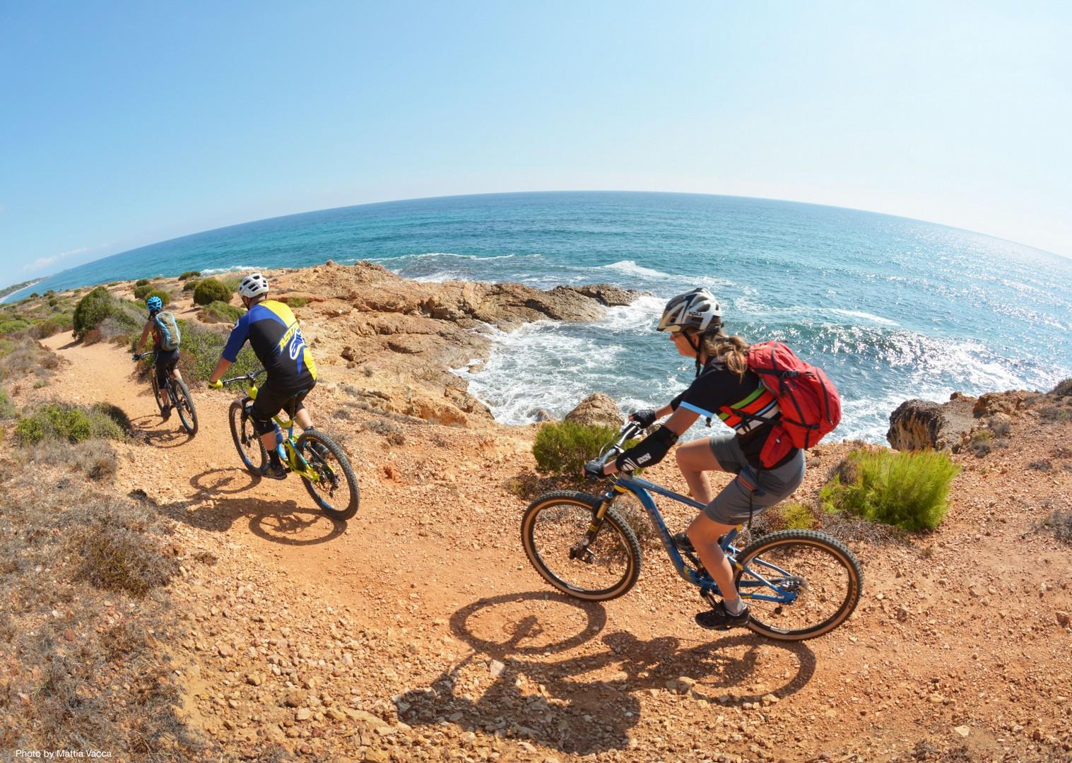 biking-enduro-in-italy-sardinia-mountain-bike-holiday.jpg - Sardinia - Sardinian Enduro - Guided Mountain Bike Holiday - Italia Mountain Biking