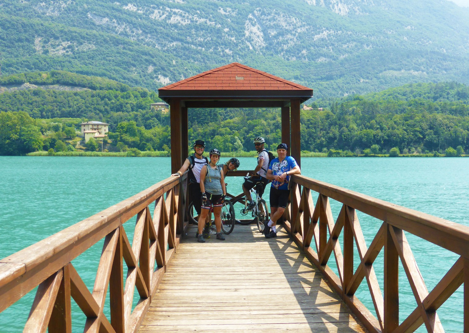 enjoy-ice-cream-shores-lake-garda-cycling-holiday.jpg - Austria and Italy - La Via Claudia - Guided Leisure Cycling Holiday - Italia Leisure and Family Cycling