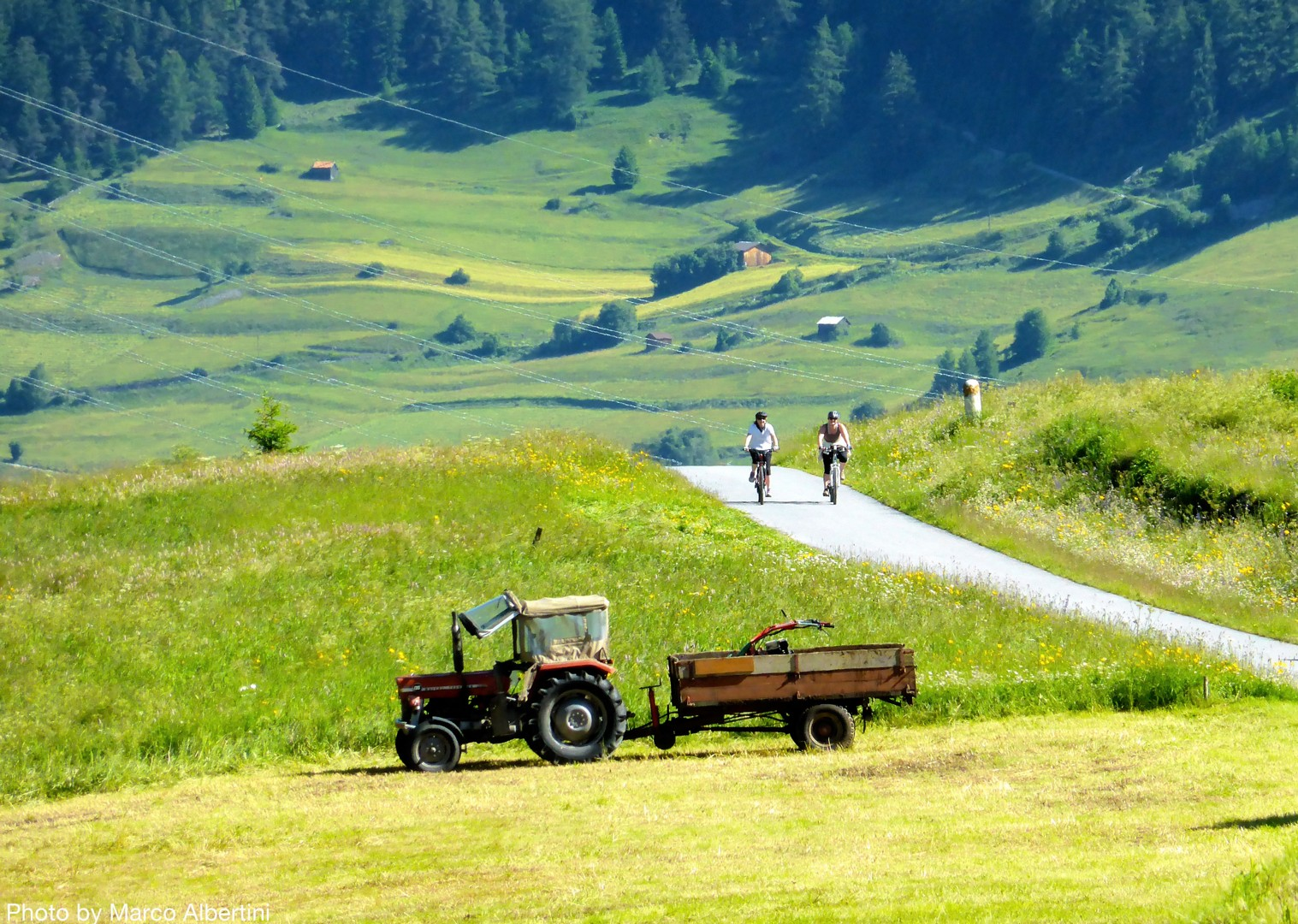 picturesque-leisurely-guided-cycling-italy.jpg - Austria and Italy - La Via Claudia - Guided Leisure Cycling Holiday - Italia Leisure and Family Cycling