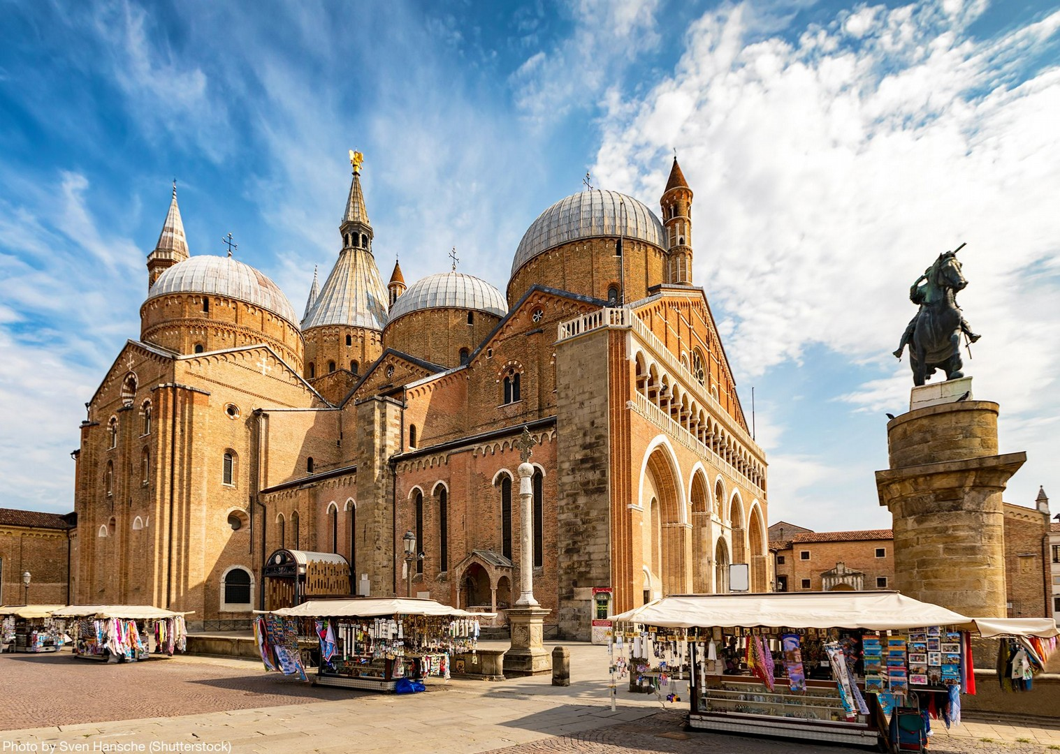 the-basilica-of-st-anthony-padua-italy-cultural-cycling-tour-self-guided.jpg - Italy - Lake Garda to Venice - Self-Guided Leisure Cycling Holiday - Italia Leisure and Family Cycling