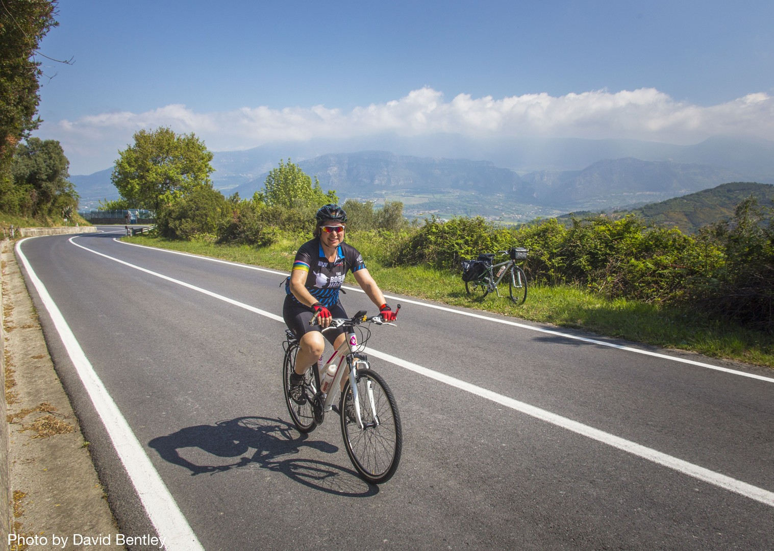 self-guided-cycling-holiday-in-italy-amalfi-coast-and-cilento-explore-at-your-own-pace.jpg - Italy - Cilento and The Amalfi Coast - Self-Guided Leisure Cycling Holiday - Italia Leisure and Family Cycling