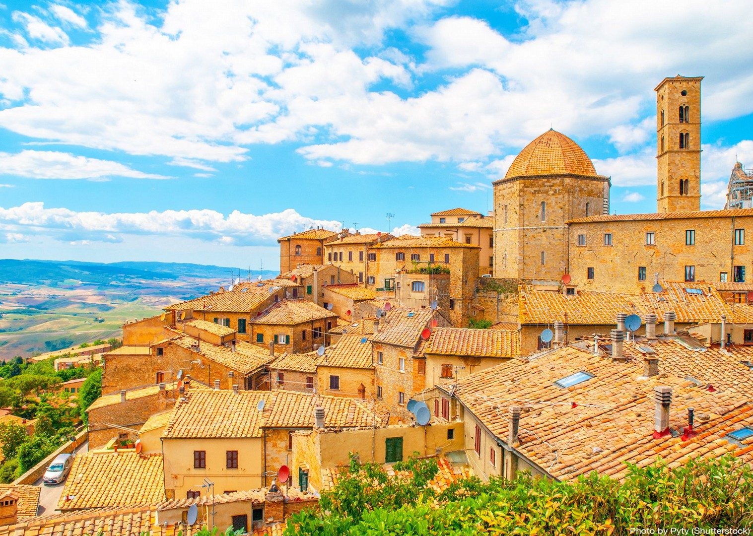 volterra-medieval-tuscan-town-churches-cultural-cycle-tour-guided.jpg - Italy - A Taste of Tuscany - Italia Leisure and Family Cycling