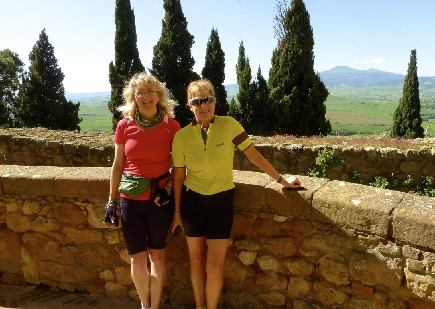 hfh cycling holiday tuscany1.jpg - Italy - Classic Tuscany - Self-Guided Leisure Cycling Holiday - Italia Leisure and Family Cycling