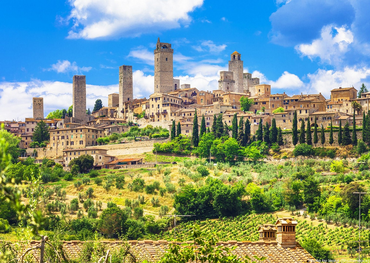 san-giminiano-italy-tuscany-leisure-cycling-culture.jpg - Italy - Classic Tuscany - Self-Guided Leisure Cycling Holiday - Italia Leisure and Family Cycling