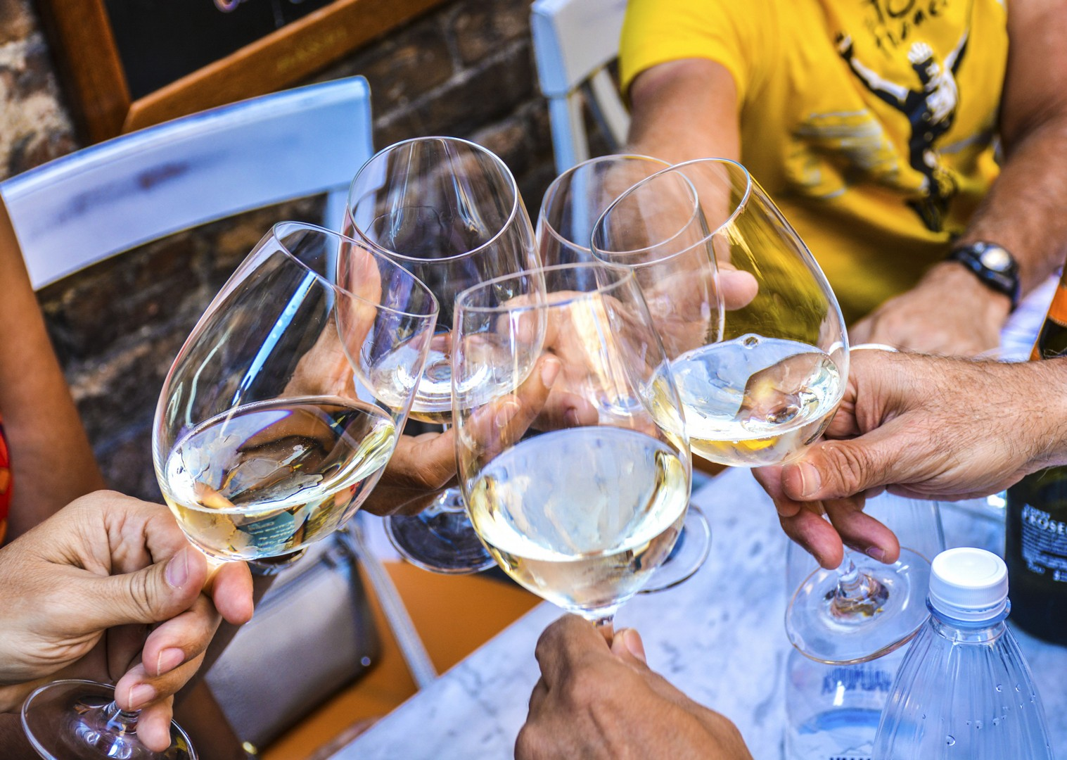 white-wine-traditional-italy-fine-food-cycling-tour.jpg - Italy - Classic Tuscany - Self-Guided Leisure Cycling Holiday - Italia Leisure and Family Cycling