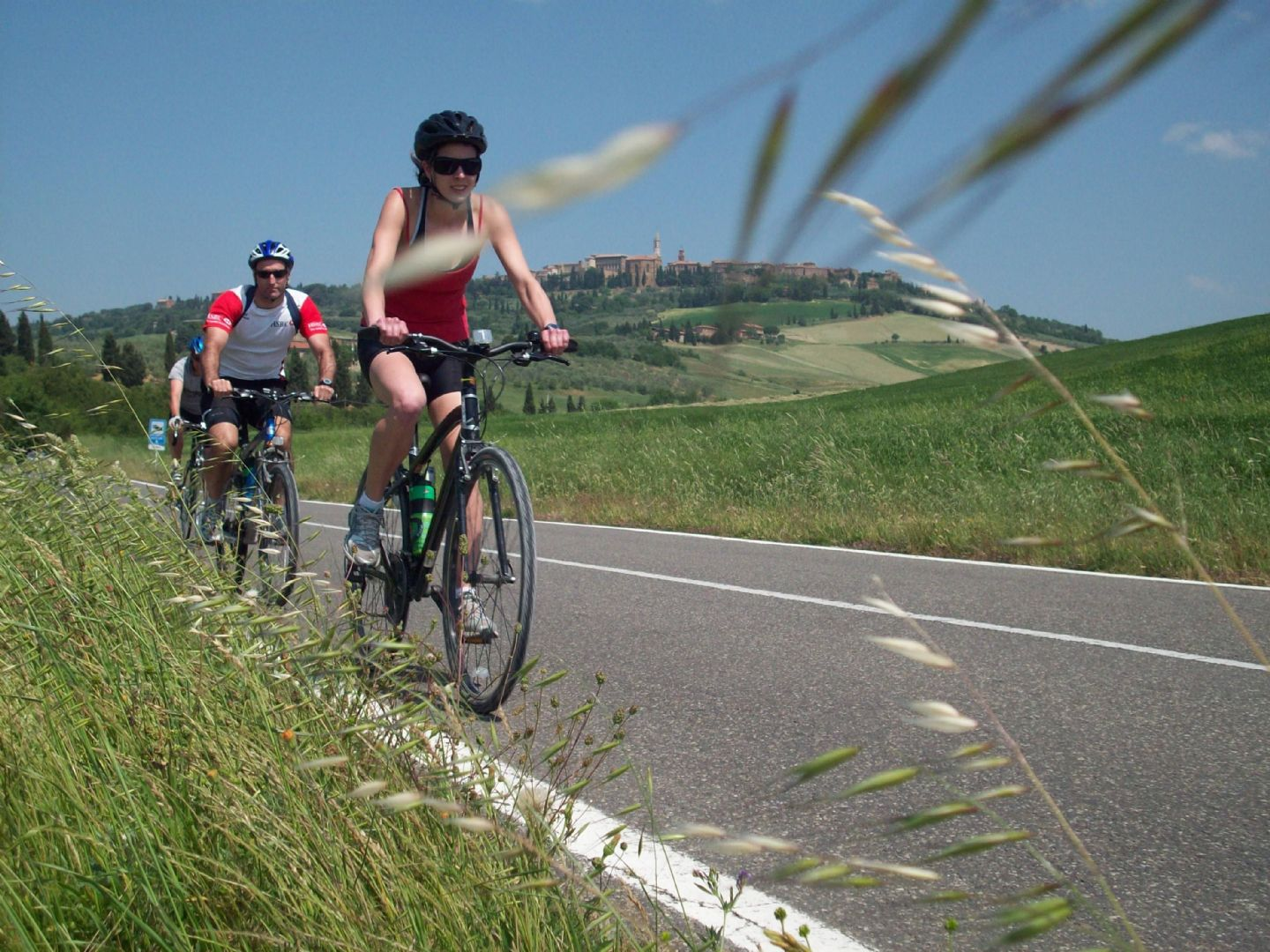 pied 1.JPG - Italy - Piemonte - Vineyards and Castles - Leisure Cycling Holiday - Guided - Italia Leisure and Family Cycling