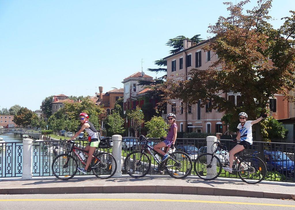 Family-Cycling-Holiday-Lake-Garda-Venice-Italy.jpg - Italy - Lake Garda to Venice - Self-Guided Family Cycling Holiday - Italia Leisure and Family Cycling