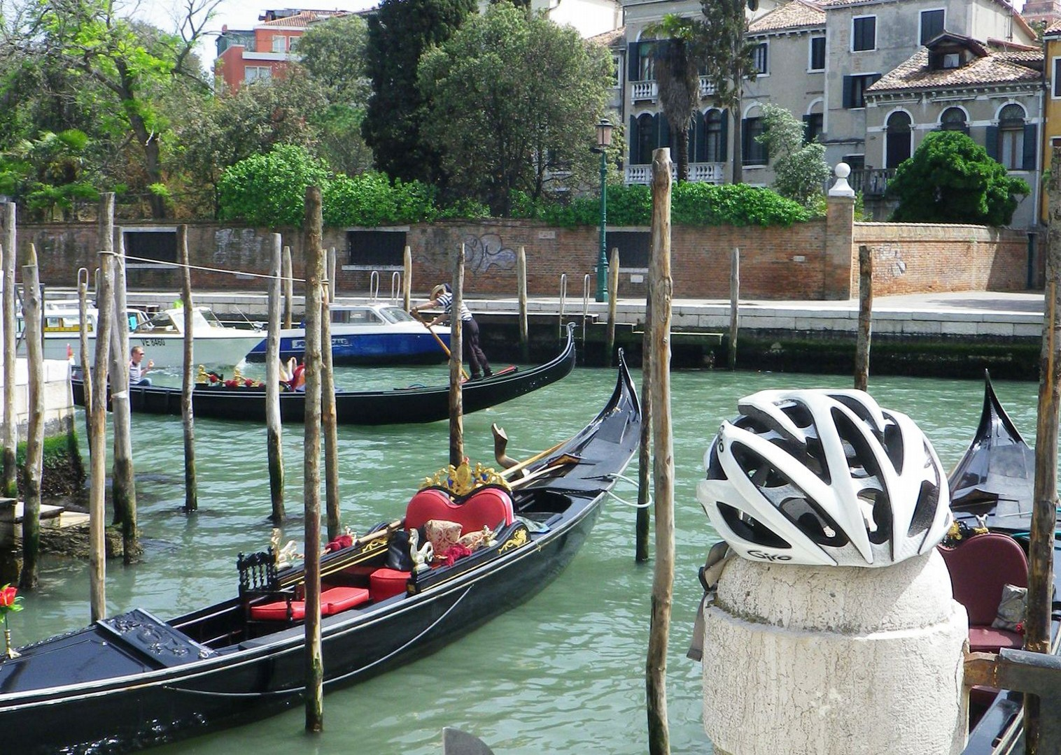 Lake-Garda-Venice-Italy-Family-Cycling-Holiday-Lake-Garda-Venice-Italy.jpg - Italy - Lake Garda to Venice - Self-Guided Family Cycling Holiday - Italia Leisure and Family Cycling