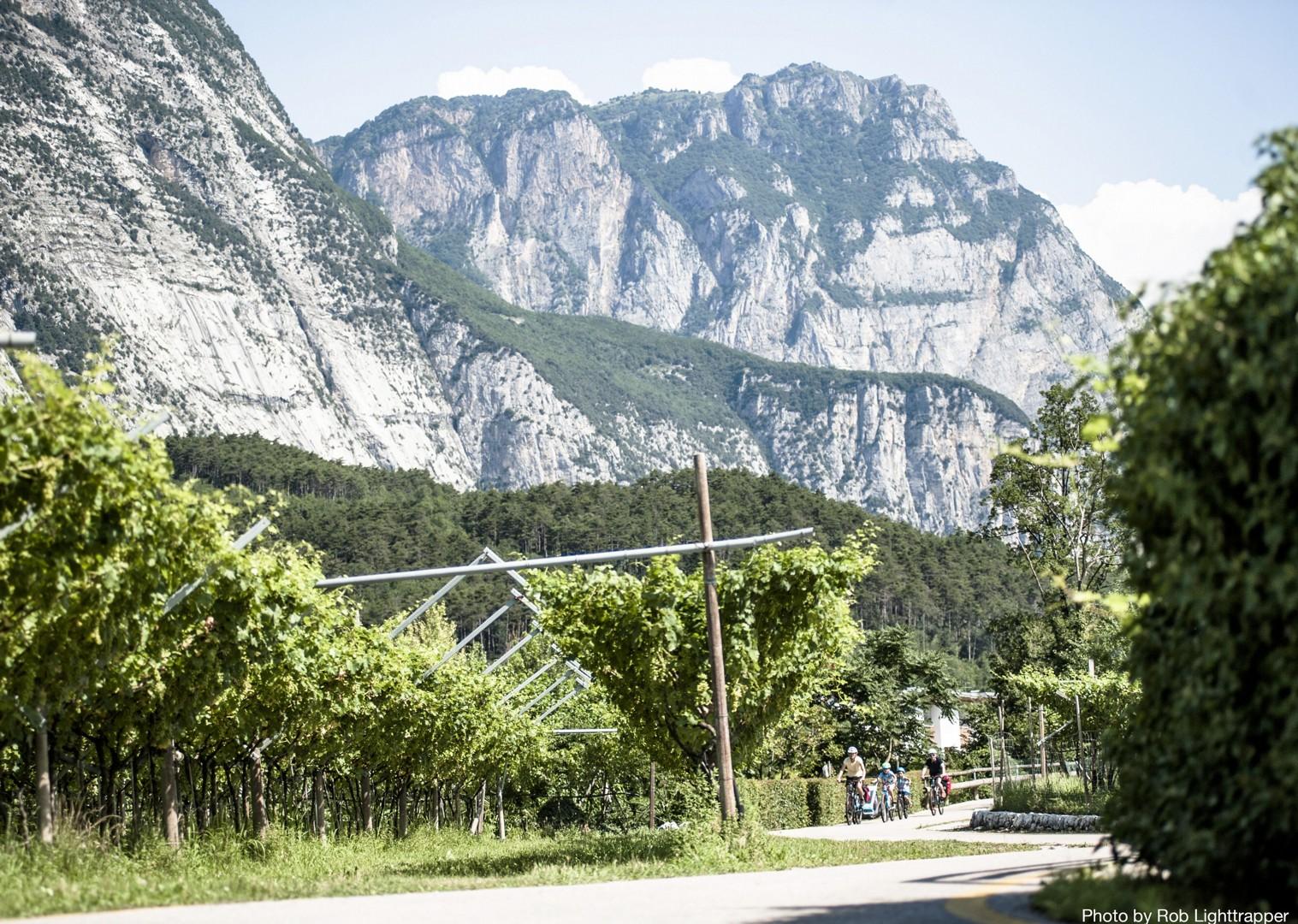 Family-Cycling-Holiday-Lake-Garda-Venice-mountains-of-Italy.jpg - Italy - Lake Garda to Venice - Self-Guided Family Cycling Holiday - Italia Leisure and Family Cycling