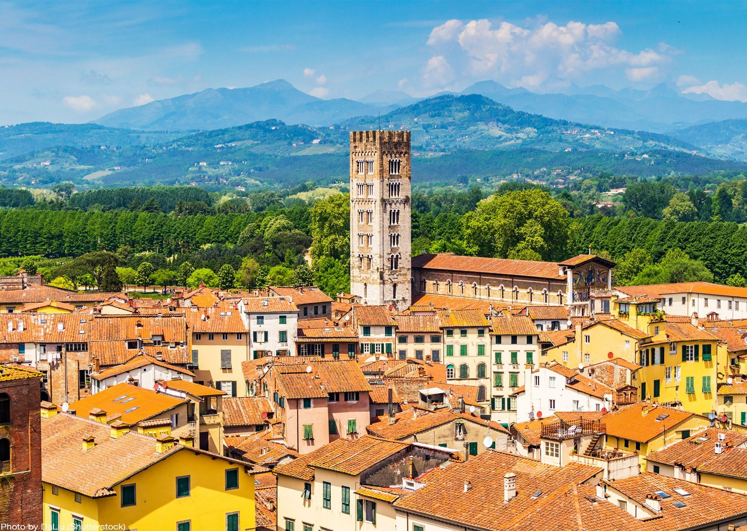 traditional-italian-town-cultural-bike-tour.jpg - Italy - Tuscany - Pisa to Florence - Self-Guided Leisure Cycling Holiday - Italia Leisure and Family Cycling