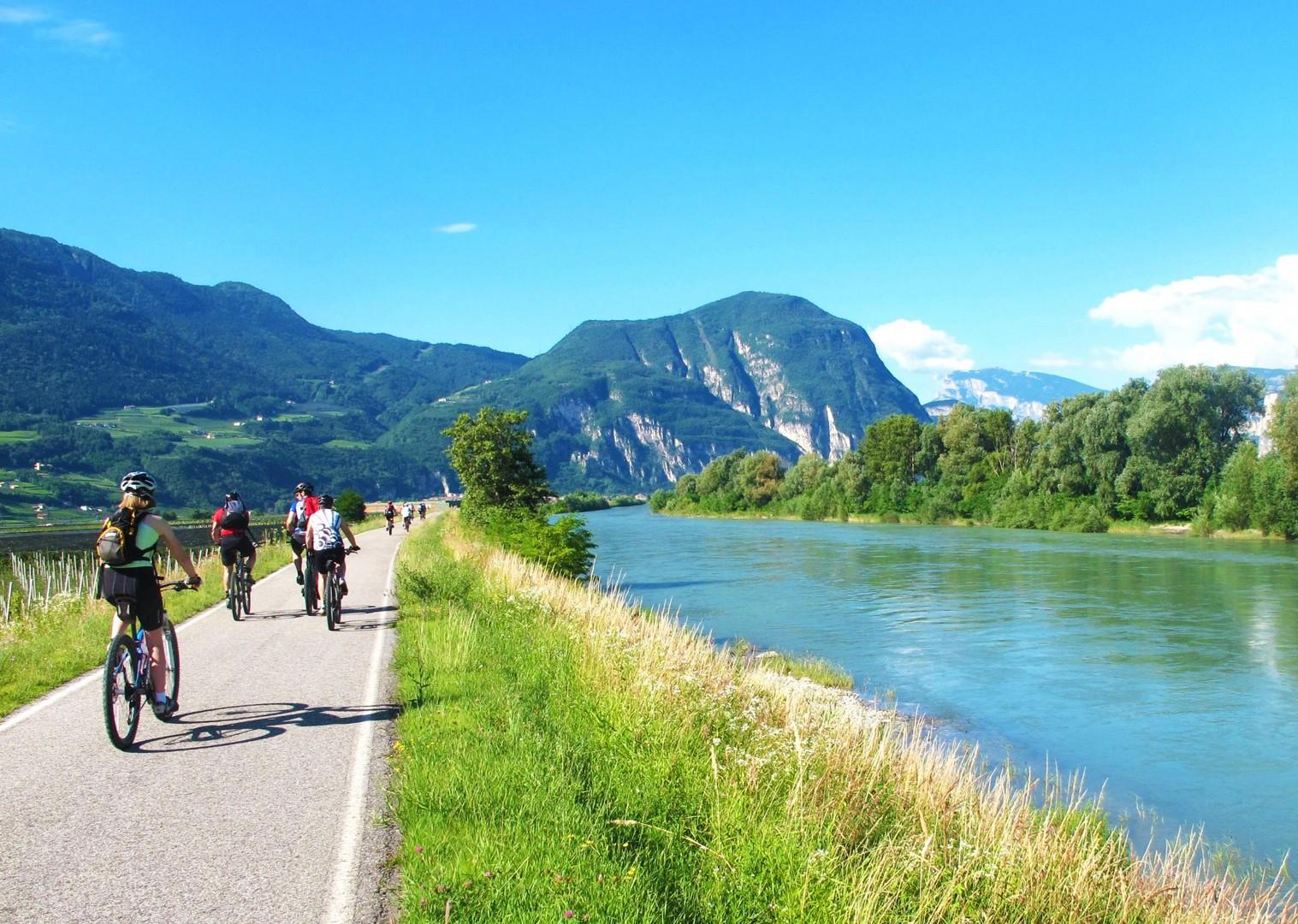 leisurely-cycling-adventure-la-via-claudia-italy.jpg - Italy - La Via Claudia - Self-Guided Leisure Cycling Holiday - Italia Leisure and Family Cycling
