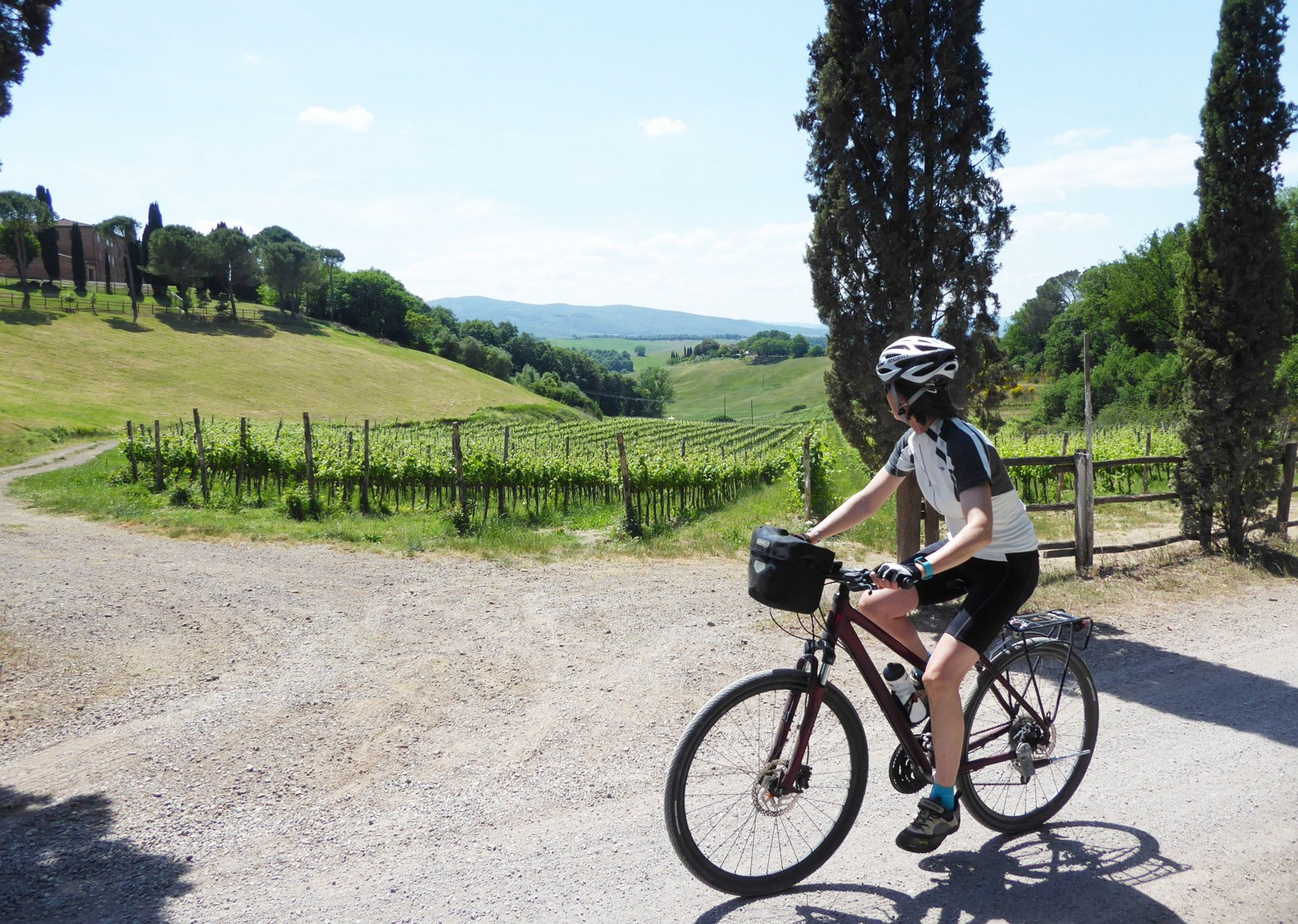 Guided-Leisure-Cycling-Holiday-Italy-Via-Francigena-Tuscany-to-Rome-stop-and-enjoy-the-view - Italy - Via Francigena (Tuscany to Rome) - Guided Leisure Cycling Holiday - Italia Leisure and Family Cycling