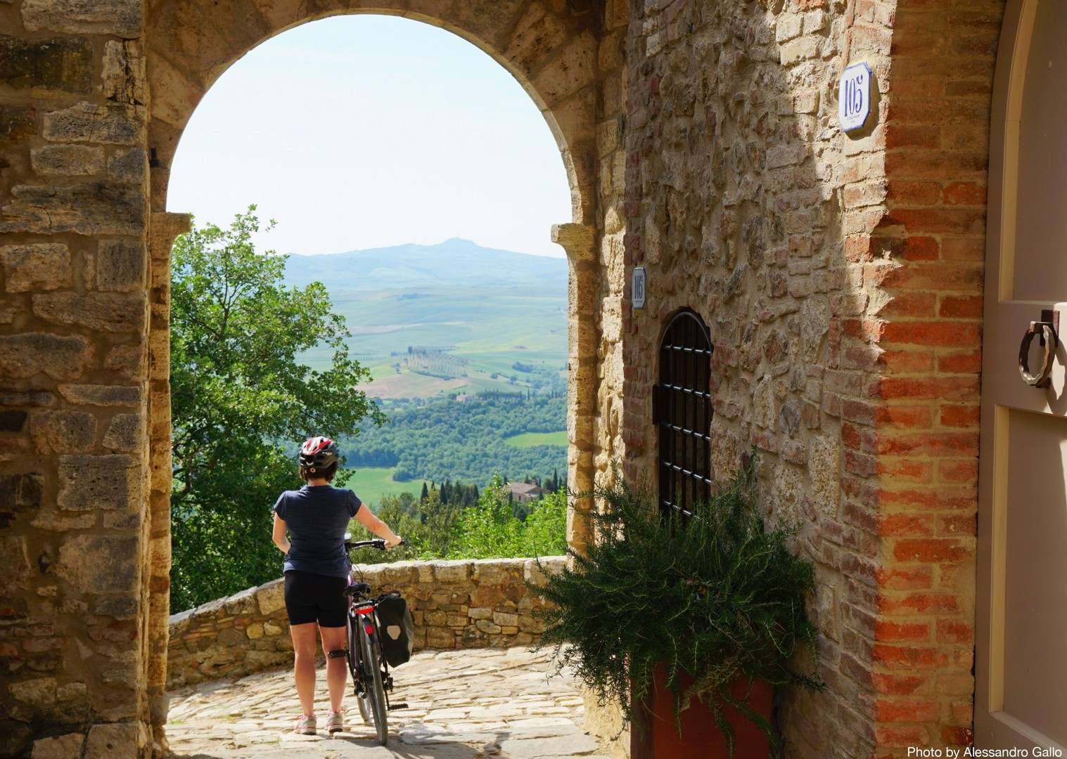 Italy-Via-Francigena-Tuscany-to-Rome-Guided-Leisure-Cycling-Holiday-beautiful-riding-through-old-towns - Italy - Via Francigena (Tuscany to Rome) - Guided Leisure Cycling Holiday - Italia Leisure and Family Cycling