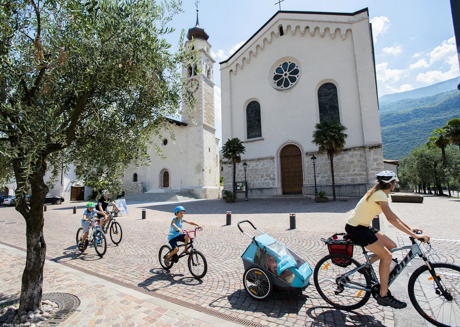italy-family-cycling-holiday-lake-garda.jpg - Italy - Lake Garda Explorer - Self-Guided Family Cycling Holiday - Italia Leisure and Family Cycling