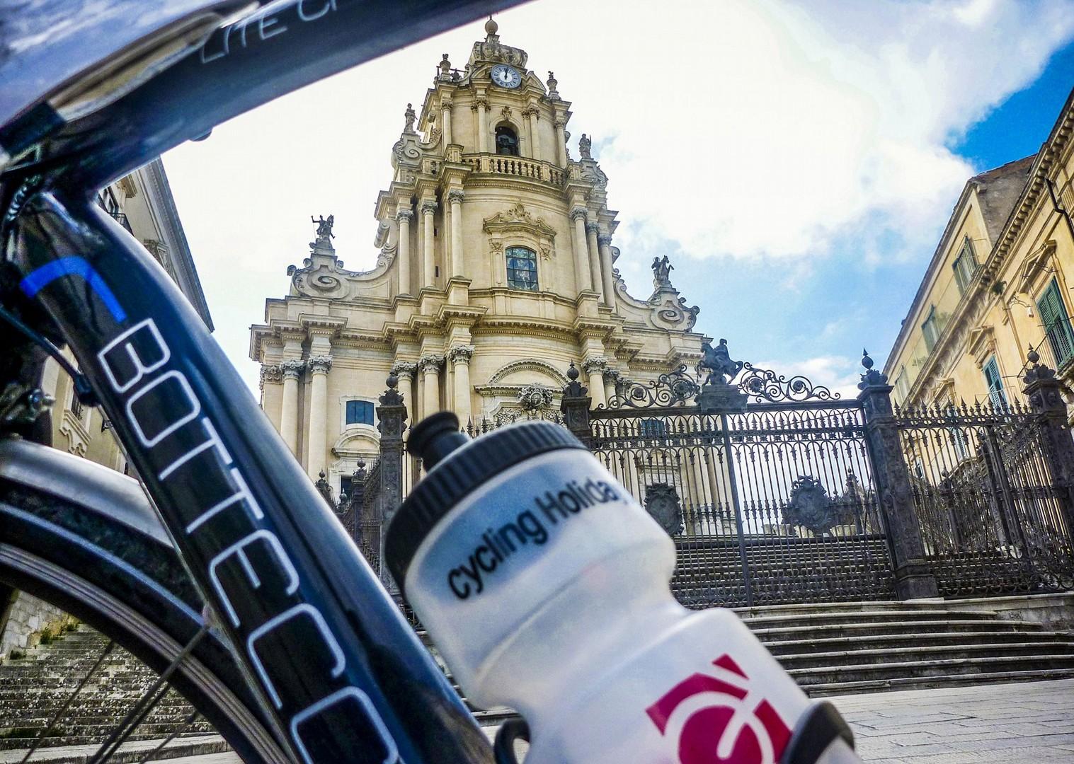 sicily-italy-cycling-ortiga-di-siracusa-holiday-tour-skedaddle.jpg - Italy - Sicily - Self-Guided Leisure Cycling Holiday - Italia Leisure and Family Cycling