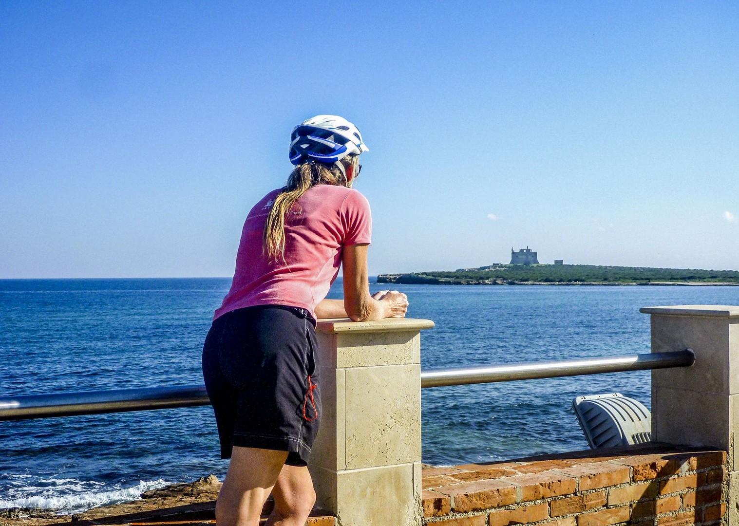incredible-coastal-scenery-sicily-italy-capo-passero.jpg - Italy - Sicily - Self-Guided Leisure Cycling Holiday - Italia Leisure and Family Cycling
