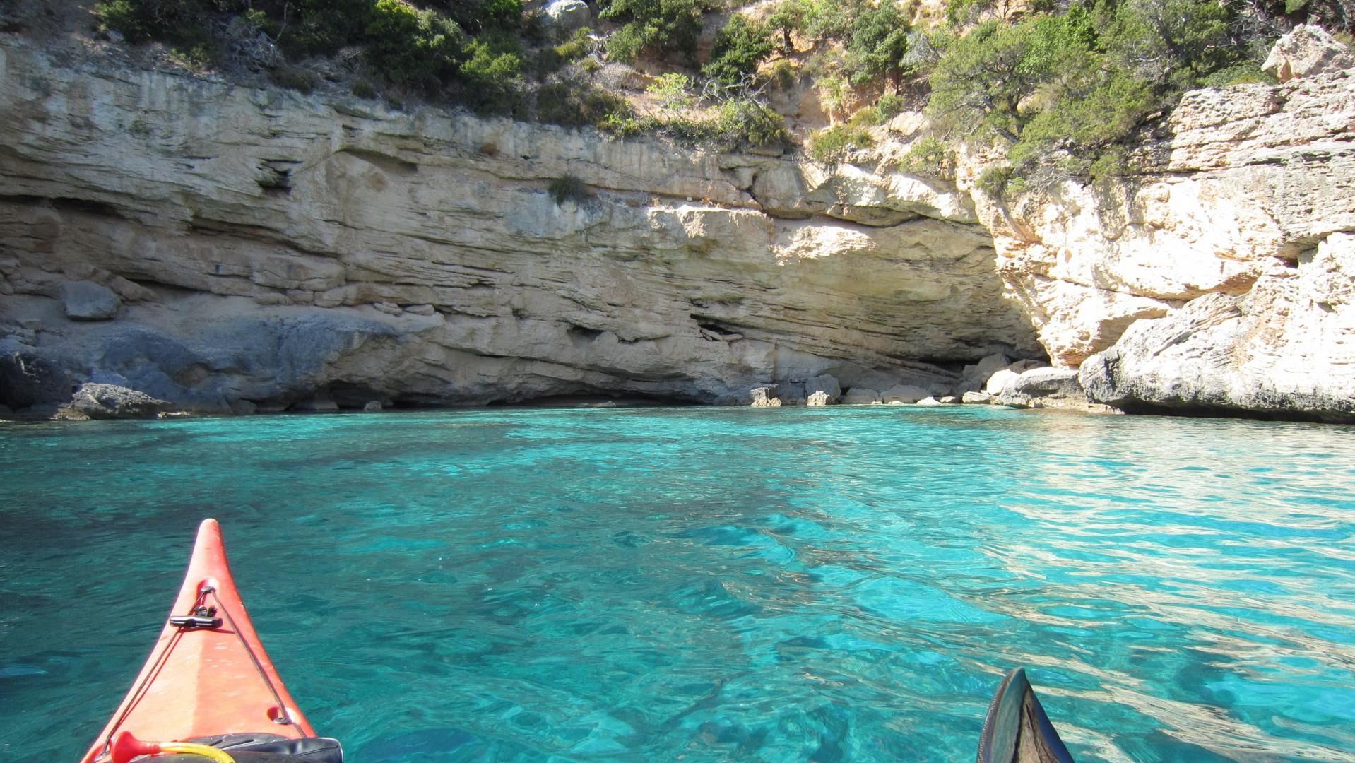 Kayak 2010 123.jpg - Sardinia - Wilderness Blue Sea Kayaking - Kayaking