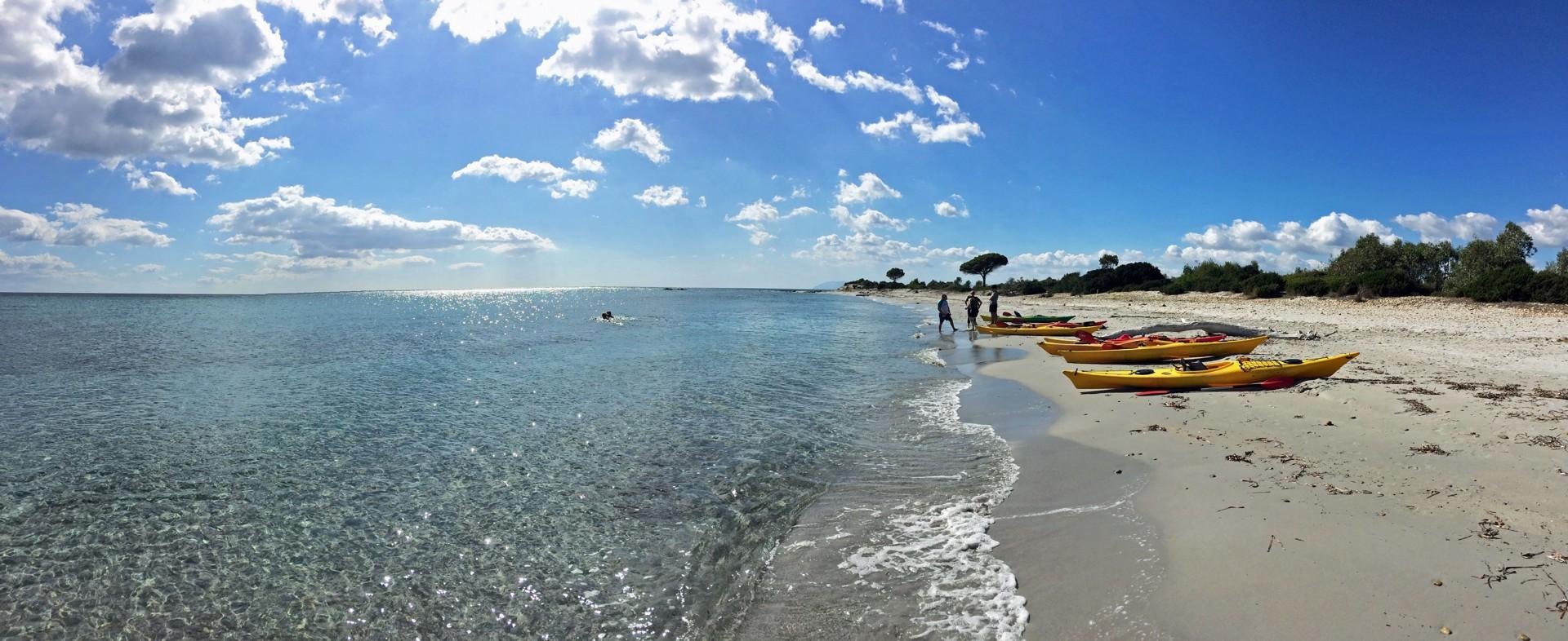 Bidderosa - Sea kayaking panorama.jpg - Sardinia - Wilderness Blue Sea Kayaking - Kayaking