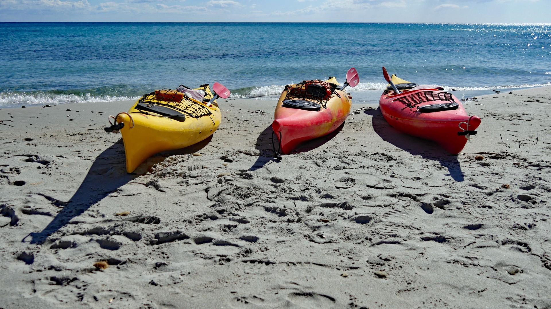 Spiaggia di Berchida - kayaks on the beach.jpg - Sardinia - Wilderness Blue Sea Kayaking - Kayaking