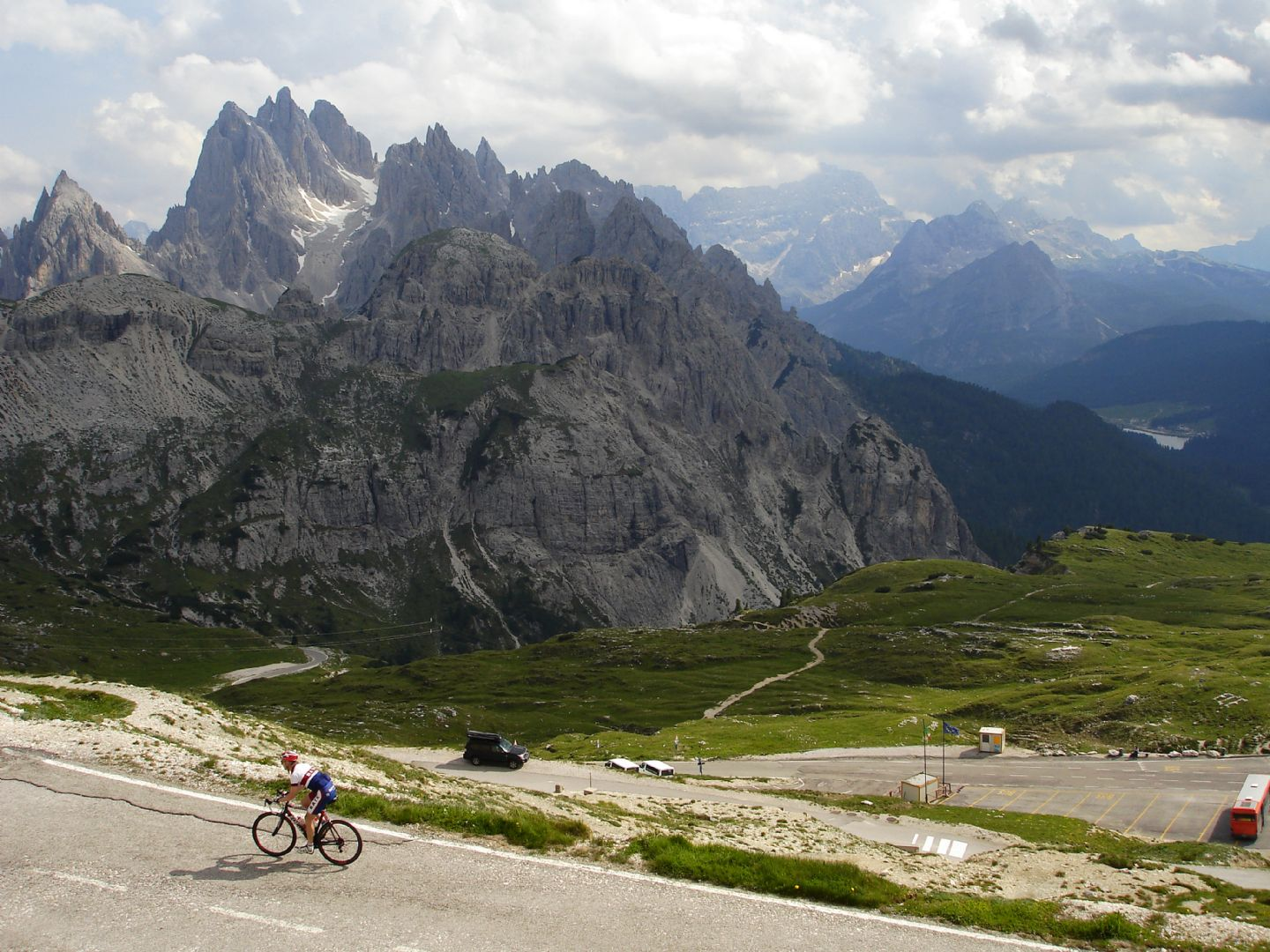 DolomitesRoadCycling68.jpg - Italy - Dolomites and Alps - Italia Road Cycling