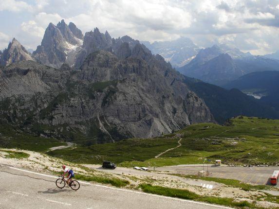 DolomitesRoadCycling68.jpg - Italy - Dolomites and Alps - Italia Road Cycling
