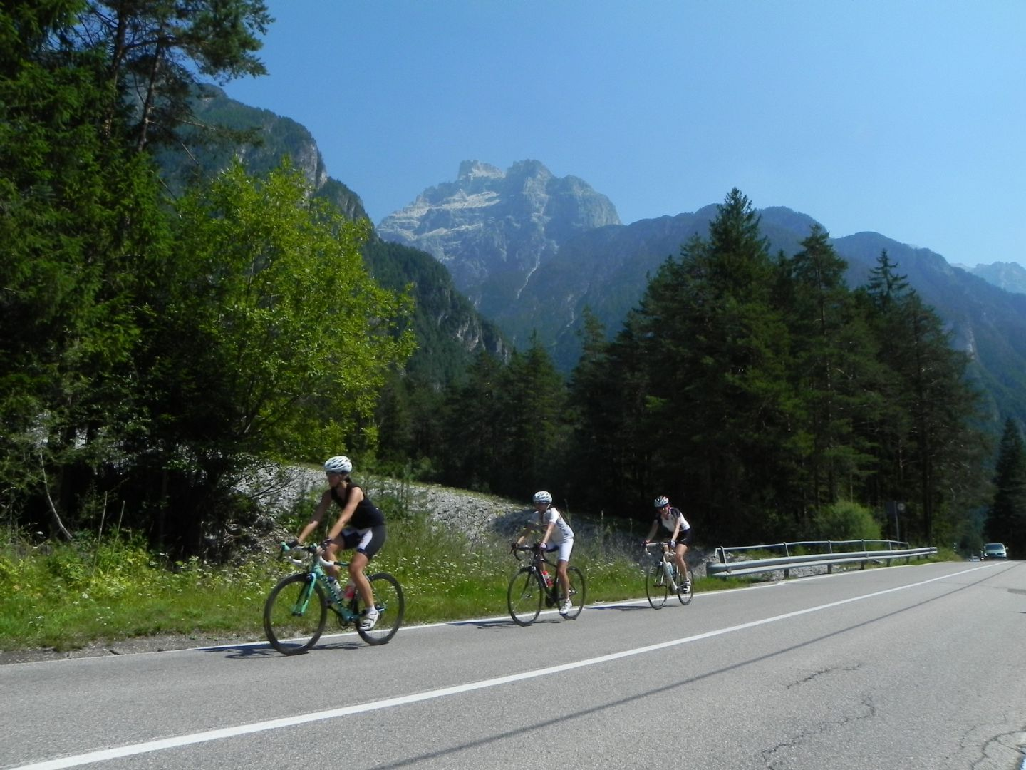 DolomitesRoadCycling74.jpg - Italy - Dolomites and Alps - Italia Road Cycling