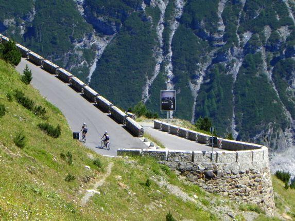 DolomitesRoadCycling85.jpg - Italy - Dolomites and Alps - Italia Road Cycling