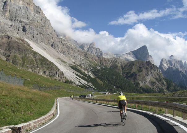 DolomitesRoadCycling128.jpg - Italy - Dolomites and Alps - Italia Road Cycling