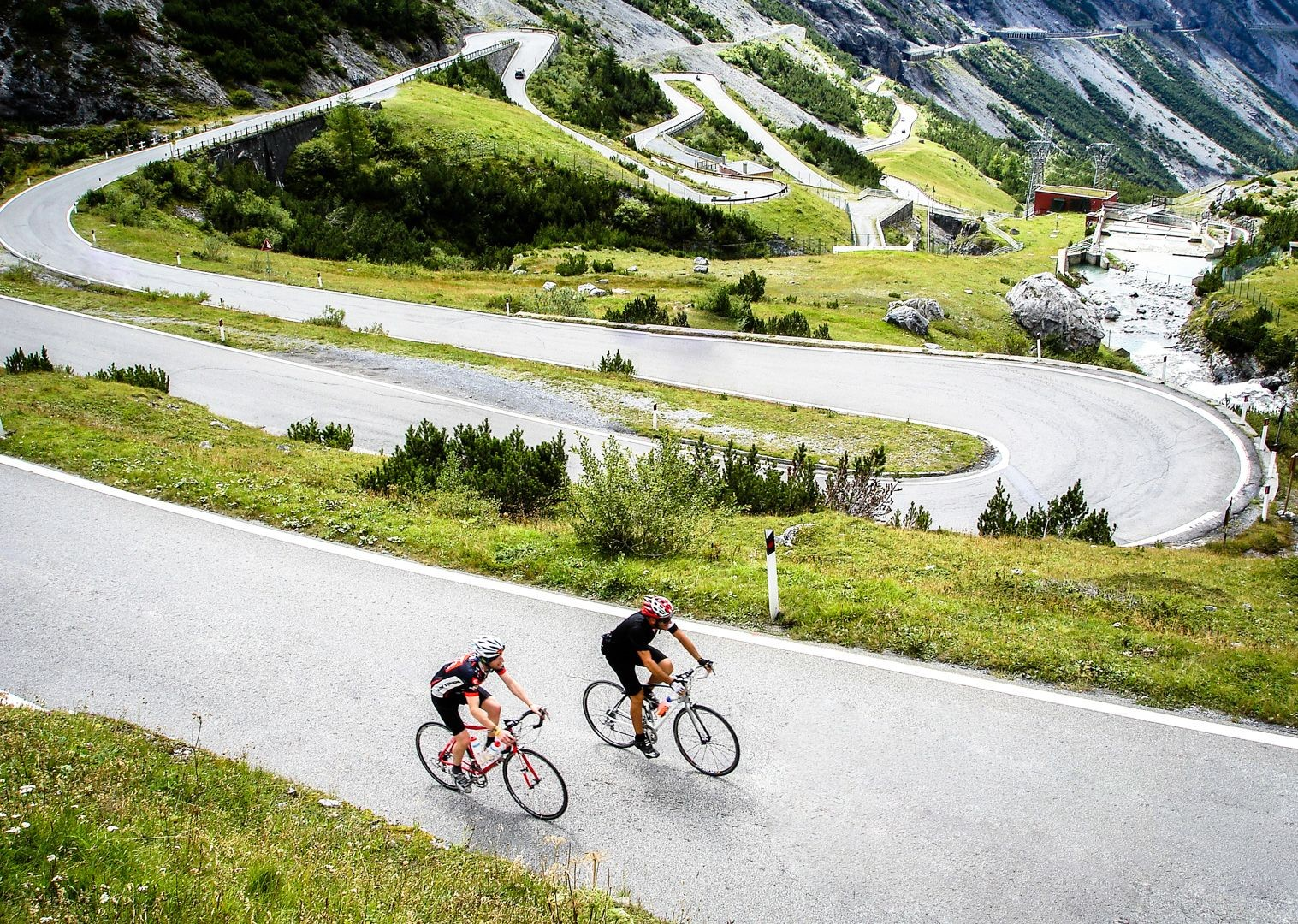 col-italy-cime-di-lavaredo-road-cycling.jpg - Italy - Alps and Dolomites - Giants of the Giro - Guided Road Cycling Holiday - Italia Road Cycling
