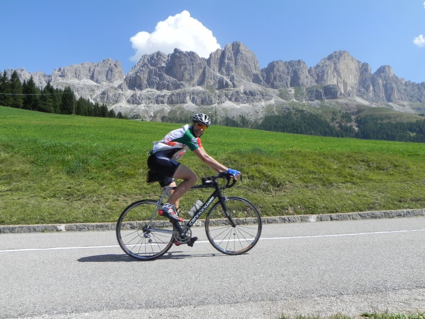 DolomitesRoadCycling7.jpg - Italy - Dolomites and Alps - Italia Road Cycling