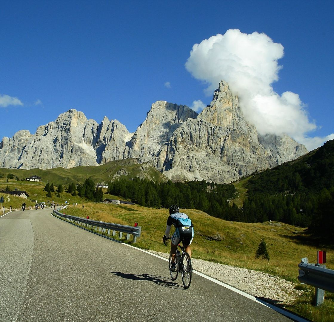 DolomitesRoadCycling12.jpg - Italy - Dolomites and Alps - Italia Road Cycling