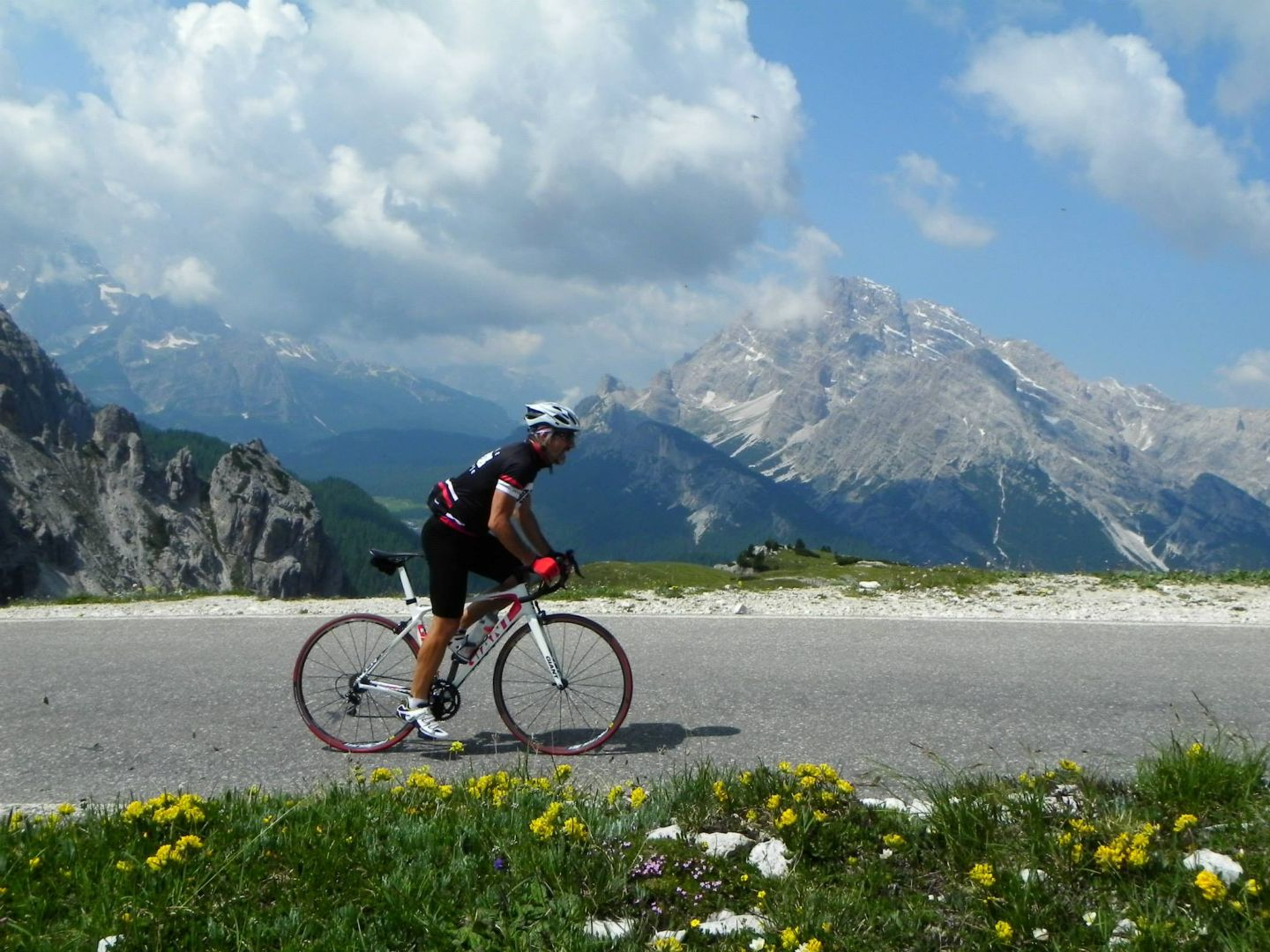 DolomitesRoadCycling19.jpg - Italy - Dolomites and Alps - Italia Road Cycling